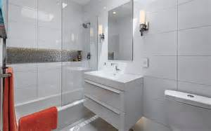 Small Bathtub Shower Combo by How To Make Shower Niches Work For You In The Bathroom