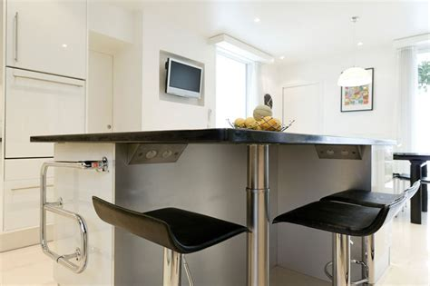 lave vaisselle en hauteur cuisine une grande cuisine familiale inspiration cuisine le