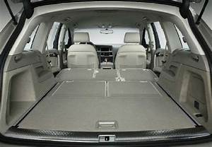 Audi Q7 Interieur : l 39 audi q7 dispose de 7 places de s rie voiture 7 places ~ Nature-et-papiers.com Idées de Décoration