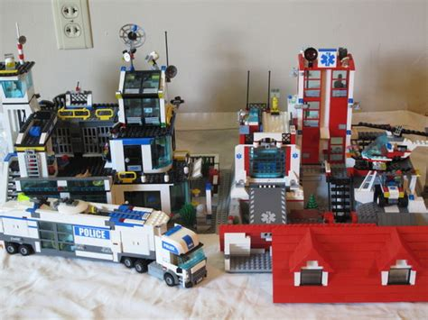 Lego City Buildings 6 Steps