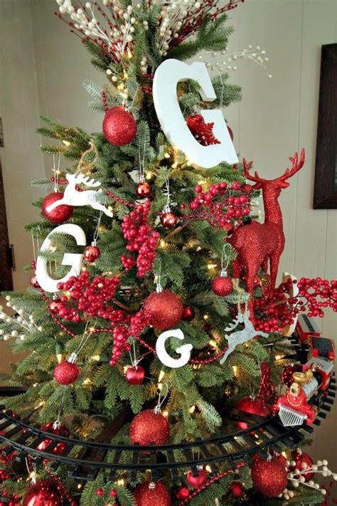 kid friendly christmas tree decorations kid friendly decor that won t cr your style the creek line house