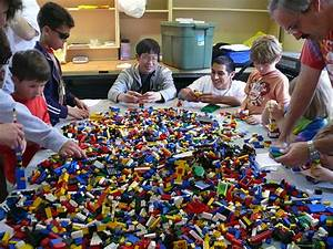 5 Places to Play With LEGOs in NYC Fun Indoor Activities