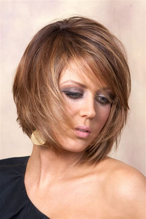 2019 Latest Inverted Bob Hairstyles With Swoopy Layers