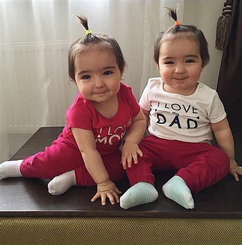 bahagia itu serius nih 20 foto anak kembar ini bikin kamu pingin buru