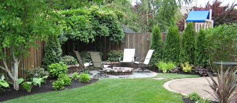 back yard landscaping with garden using garden edging then