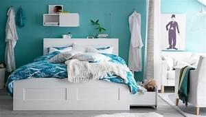 tete de lit avec rangement pour une chambre plus organisee With chambre bébé design avec pot de fleur tissu