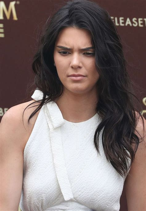 Kendall Jenner Chic Outfit - Unveiled as the new Magnum ...