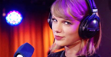 happy taylor swift gif find share on giphy