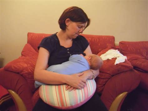 Thrupenny Bits The Ultimate Cushion For Breastfeeding