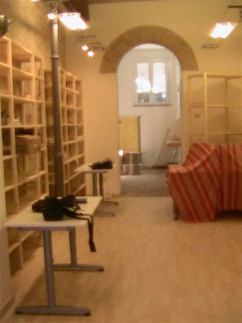 Ristrutturazione Di Una Libreria  Architetto Ancona