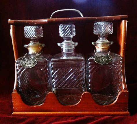 Vintage Tantalus   3 Glass Liquor Decanters   Wood Frame