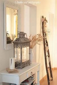 Treppe Shabby Chic : sweet cottage shabby chic entryway decor ideas wandtische leiter und flure ~ Frokenaadalensverden.com Haus und Dekorationen