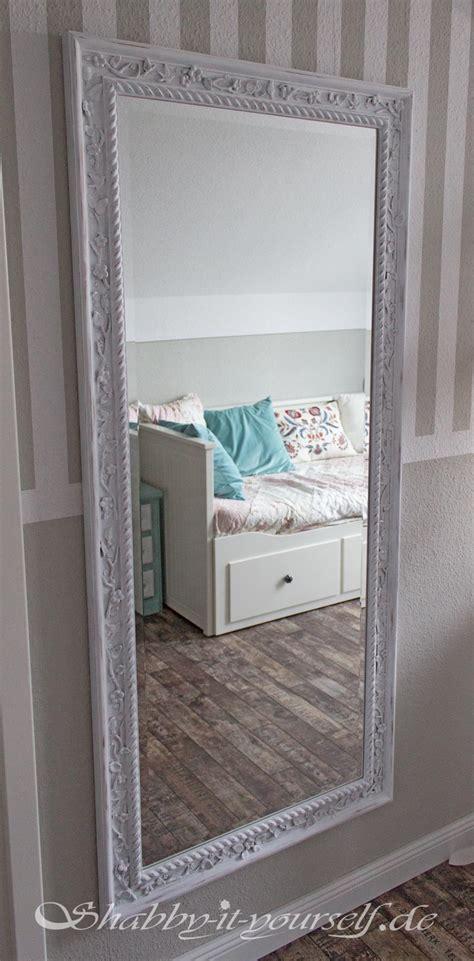 ikea spiegel mit glühbirnen so macht ihr einen einfachen ikea spiegel zum vintage zauberspiegel