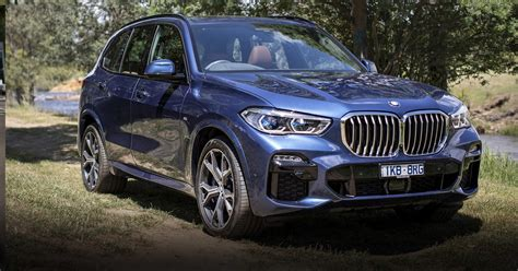review  bmw  hits australia