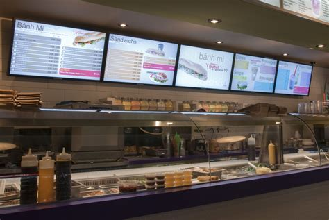 cuisine tv menut digital signage dynamic displays for food services sign