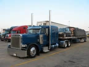 Flat Top 379 Peterbilt Trucks for Sale