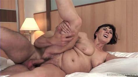 Hard Cock Fucks Curvy Mature In Hairy Pussy Hardcore Porn