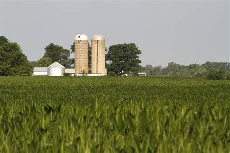 American Agriculture Could Slump In 2014, Confronting ...