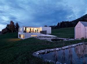 Häuser Am Hang Bilder : architektenh user betonhaus am hang sch ner wohnen ~ Eleganceandgraceweddings.com Haus und Dekorationen