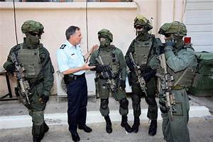Israel: Yamam officers in full gear honor the Chief ...