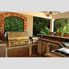 Outdoor Kitchen Layouts  Samples & Ideas  Landscaping