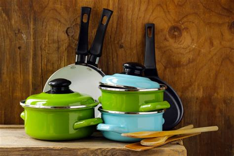 cookware pots gas pans anodized pot hard stoves does mean cooking sets remove kitchen grease baked sheet recycle istock cookie