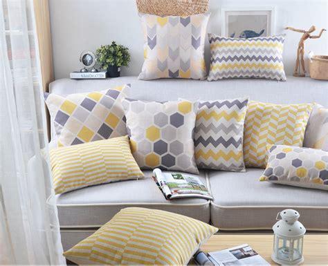 gros coussin de canape achetez en gros coussin jaune en ligne 224 des grossistes coussin jaune chinois aliexpress