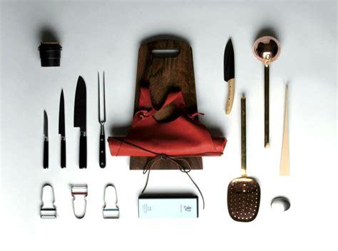 ustensiles de cuisines set ustensiles de cuisine w trousseau pickture