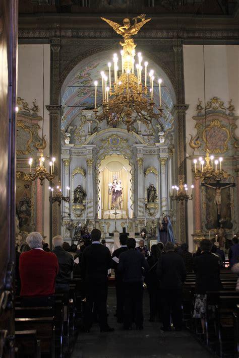 Ilmoitusta yksityishenkilöltä toiselle ja kiinteistönvälittäjiltä. Celebrações pascais na igreja de Santo António | Jornal da ...