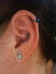 25 Examples of Cartilage Earrings | Piercing Shop | #1 ...