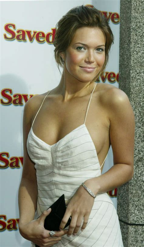 Mandy Moore Viewing Picture 22