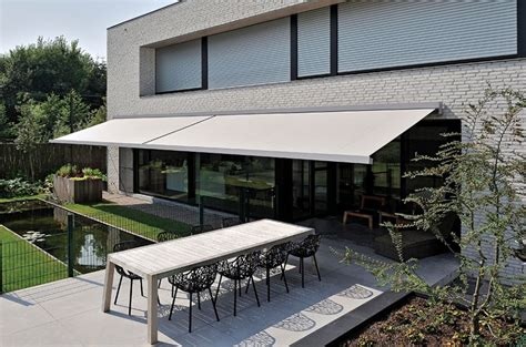 Tips To Maintain The Retractable Awnings In Sydney
