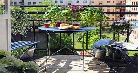 comment peindre meuble cuisine quelles plantes pour un balcon fleuri