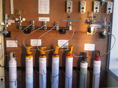uhp grade speciality gases helium gas manufacturer  pune