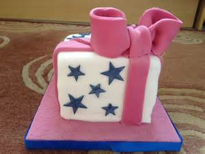 different of cakes to make i learned to make a pretty parcel cake leannecookingforthefamily