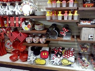 17 Best Images About Disney Home Decor On Pinterest. Good Colors For A Kitchen. Best Color For A Kitchen. Laminate Flooring Under Kitchen Cabinets. Kitchen Color Schemes With Oak Cabinets. Hardwood Floor And Kitchen Cabinet Combinations. Marble Kitchen Countertops. Kitchen Laminate Flooring. White And Grey Kitchen Backsplash