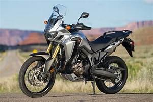 Honda Africa Twin 2016 : honda africa twin dct vs ktm 1190 adventure comparison review ~ Medecine-chirurgie-esthetiques.com Avis de Voitures