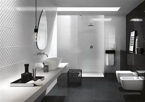 Carrelage Salle De Bain Noir Et Blanc : salle de bain blanche et noire un classique revisit en 20 propositions ~ Dallasstarsshop.com Idées de Décoration