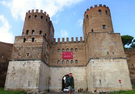 Porta Di San Sebastiano by Porta San Sebastiano Museo Delle Mura Scoprendoroma
