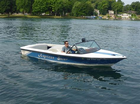 Inboard Ski Boats For Sale by 1985 Used American Skier Advance Inboard Ski Dual Console