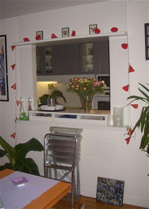 cuisine avec ouverture passe plat cuisine avec ouverture passe plat photos de conception