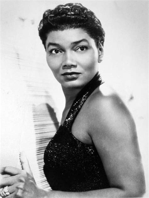 pearl bailey weight height ethnicity hair color eye color