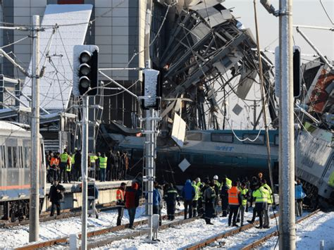 At Least 9 Dead In High-speed Train