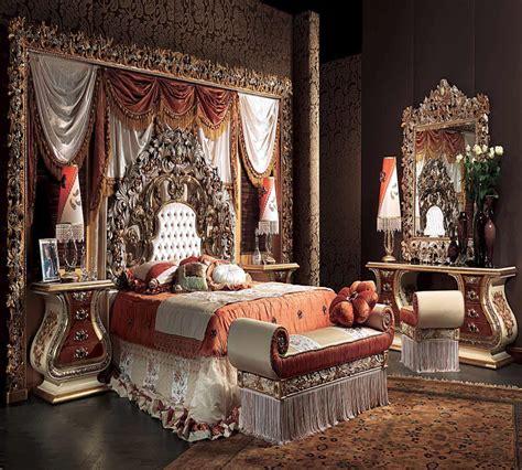 Versace Bedroom (photos And Video) Wylielauderhousecom