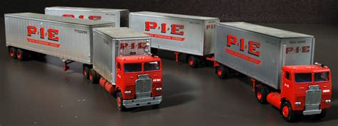 p   freightliner day cab truck tractors