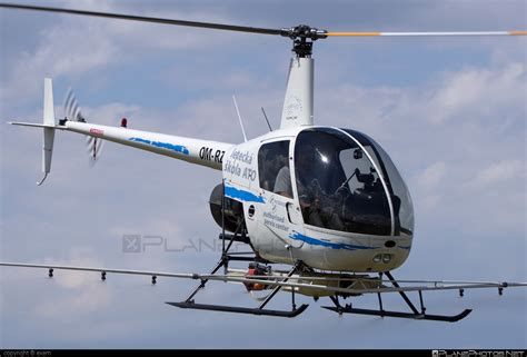 OM-RZZ - Robinson R22 Beta operated by TECH-MONT ...