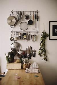 Table Rangement Cuisine : le rangement mural comment organiser bien la cuisine ~ Teatrodelosmanantiales.com Idées de Décoration