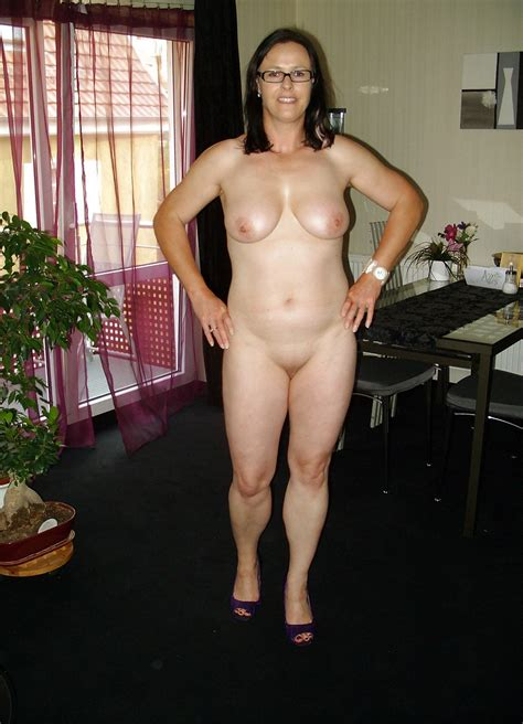 Compilation Of Amateur Wives Fully Naked