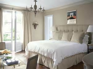 pictures of bedrooms decorating ideas small bedroom decorating ideas for home staging