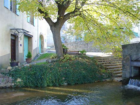 chambre d hote goult la giraudasse chambres d 39 hôtes avec jardin en pays